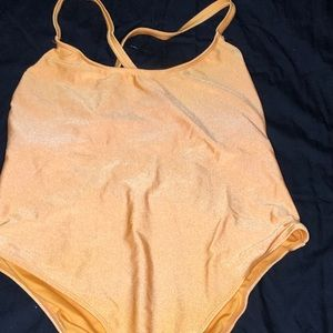 Yellow bathingsuit